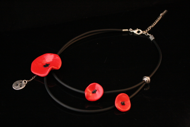 collier-coquelicots-double-rang-001