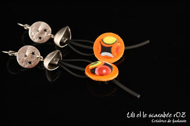 Boucles d'oreilles bouton sur cordon Voyage en Afrique