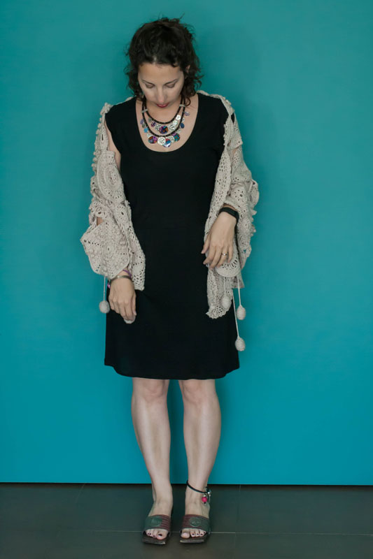 Petite robe noire version bohème