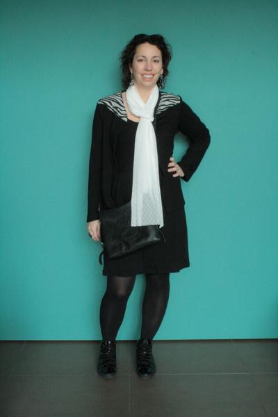 que porter avec une robe noire défi noir et blanc